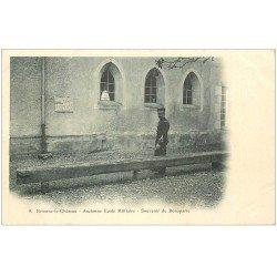 carte postale ancienne 10 BRIENNE-LE-CHATEAU. nAncienne Ecole Militaire souvenir de Bonaparte. Carte Pionnière vers 1900 vierge
