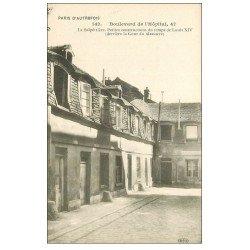 carte postale ancienne PARIS 13. Au 47 Boulevard de l'Hôpital. La Salpêtrière Cour du Massacre