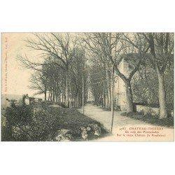 carte postale ancienne 02 CHATEAU-THIERRY. Coin Promenade. La Poudrière Château