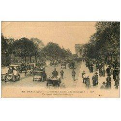 carte postale ancienne PARIS 16. Avenue du Bois de Boulogne n° 219 Taxis
