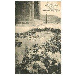 carte postale ancienne PARIS 17. Arc de Triomphe. Flamme du Souvenir Tombe du Soldat Inconnu