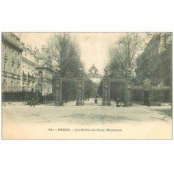 carte postale ancienne PARIS 17. Grille du Parc Monceau vers 1900