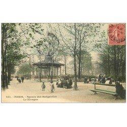 carte postale ancienne PARIS 17. Le Kiosqueà Musiques Square des Batignolles 1906