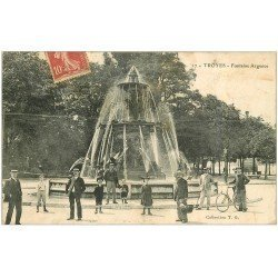 carte postale ancienne 10 TROYES. Fontaine Argence 1906