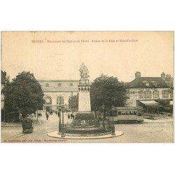 carte postale ancienne 10 TROYES. Gare et Café de la Gare sue Avenue 1923