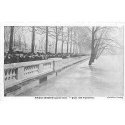 carte postale ancienne INONDATION DE PARIS 1910. Quai des Tuileries. Collection Taride