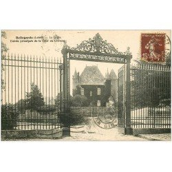 carte postale ancienne 45 BELLEGARDE. Grille du Château 1930