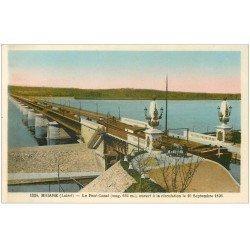 carte postale ancienne 45 BRIARE. Pont Canal avec Péniche dessus et Chevaux de trait