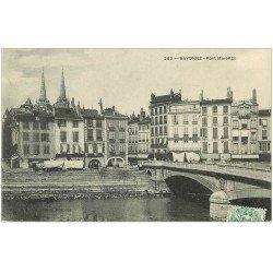 carte postale ancienne 64 BAYONNE. Pont Marengo 1906 Café Laval