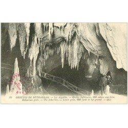 carte postale ancienne 64 BETHARRAM. Grottes. Les Aiguilles animation