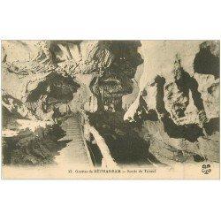 carte postale ancienne 64 BETHARRAM. Grottes. Sortie du Tunnel