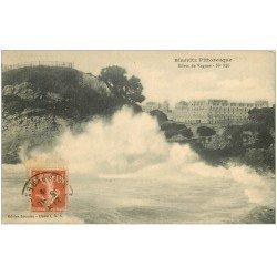 carte postale ancienne 64 BIARRITZ. effets de Vagues n°323