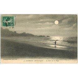 carte postale ancienne 64 BIARRITZ. La Nuit sur la Plage 1913