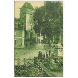carte postale ancienne 64 SALIES-DE-BEARN. Animation Eglise Saint-Vincent