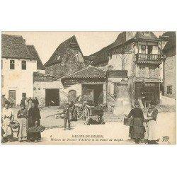 carte postale ancienne 64 SALIES-DE-BEARN. Maison Jeanne Albret Place du Bayaa
