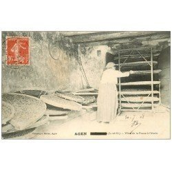 carte postale ancienne 47 AGEN. Mise de la Prune à l'étuve 1908. Vieux métiers