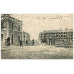 carte postale ancienne 47 AGEN. Quartier Toussaint. Caserne du 117° Régiment Infanterie. Corps de Garde. Tampon Militaire 1915