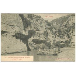 carte postale ancienne 48 GORGES DU TARN. Embarcation dans les Détroits. Passeurs