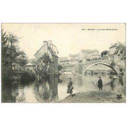 carte postale ancienne 48 MENDE. Jeunes Pêcheurs près Pont Notre-Dame