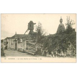 carte postale ancienne 49 SAUMUR. Les Vieux Moulins sur le Coteau