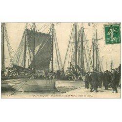 carte postale ancienne 59 DUNKERQUE. Préparatifs de départ pour la Pêche en Islande 1913. Métiers de la Mer Pêcheurs