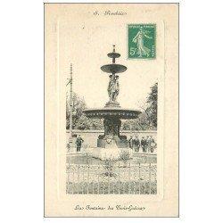 carte postale ancienne 59 ROUBAIX. La Fontaine des Trois-Grâces animée