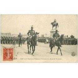 carte postale ancienne 50 CHERBOURG. Défilé 5° Régiment Infanterie Coloniale 1920