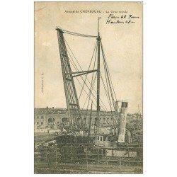 carte postale ancienne 50 CHERBOURG. La Grue mobile 48 mètres de hauteur