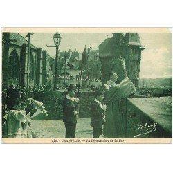 carte postale ancienne 50 GRANVILLE. Bénédiction de la Mer. Coins biseautés