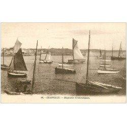 carte postale ancienne 50 GRANVILLE. Bisquines Granvillaises bateaux de Pêcheurs