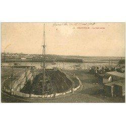 carte postale ancienne 50 GRANVILLE. La Cale sèche 1904