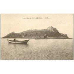 carte postale ancienne 50 LE MONT SAINT-MICHEL. Tombelaine. Pêcheur en barque