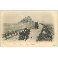 carte postale ancienne 50 LE MONT SAINT-MICHEL. Transports Attelages sur la Digue
