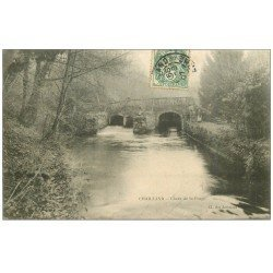 carte postale ancienne 53 CHAILLAND. Chute de la Forge 1907 animation