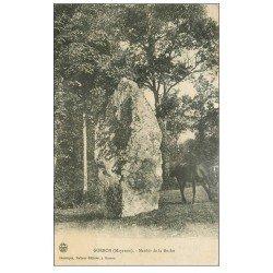 carte postale ancienne 53 GORRON. Menhir de la Roche 1907 avec Cheval