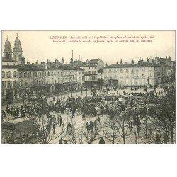 carte postale ancienne 54 LUNEVILLE. Aéroplane Place Léopold