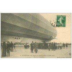 carte postale ancienne 54 LUNEVILLE. Un Zeppelin au Champ de Mars 1913 Aérostat Ballon Dirigeable Avion