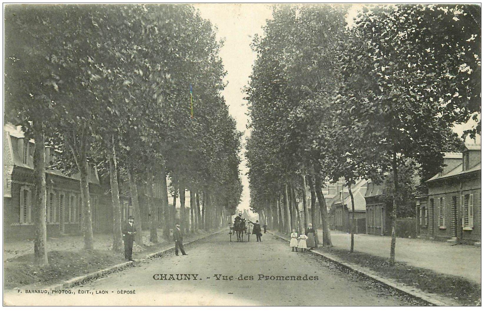 carte postale ancienne 02 CHAUNY. Vue des Promenades 1918