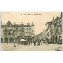 carte postale ancienne 54 PONT-A-MOUSSON. Rue Victor-Hugo 1915