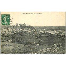 carte postale ancienne 12 LAGUIOLE. Vue générale vers 1910