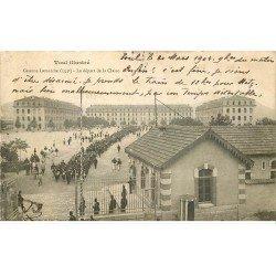 carte postale ancienne 54 TOUL. Caserne Lamarche départ de la Classe 1904 timbre absent