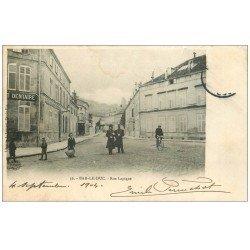 carte postale ancienne 55 BAR-LE-DUC. Rue Lapique (trace ex-humidité)