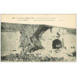 carte postale ancienne 55 DOUAUMONT. Le Fort après bombardements 1916