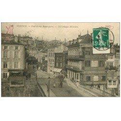 carte postale ancienne 55 VERDUN. Bibliothèque Militaite. Pont et Rue Beaurepaire 1912. Magasin Uniformes Hottier