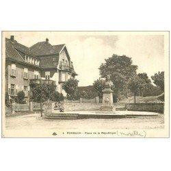 carte postale ancienne 57 FORBACH. Enfants Place de la République 1938. timbre absent