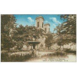 carte postale ancienne 57 THIONVILLE. Square et Eglise 1930