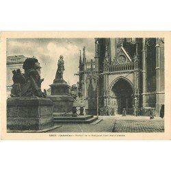 carte postale ancienne 57 METZ. Cathédrale Portail de la Vierge et Monument Fabert