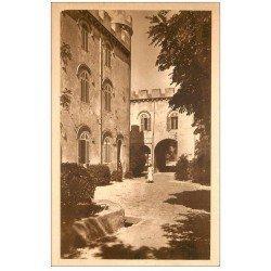 carte postale ancienne 13 ABBAYE SAINT-MICHEL DE FRIGOLET. La Place