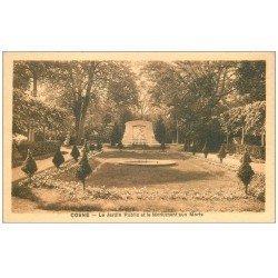 carte postale ancienne 58 COSNE-SUR-LOIRE. Monument aux Morts Jardin Public