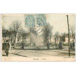 carte postale ancienne 58 NEVERS. Le Parc avec Militaires 1905